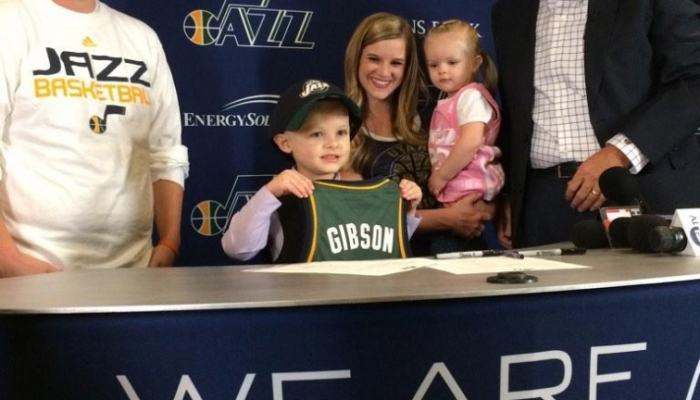 Utah Jazz sign JP Gibson